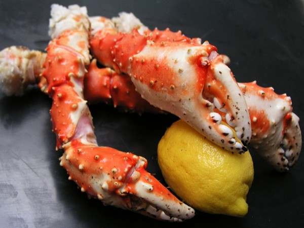King crab claw arm - cooked