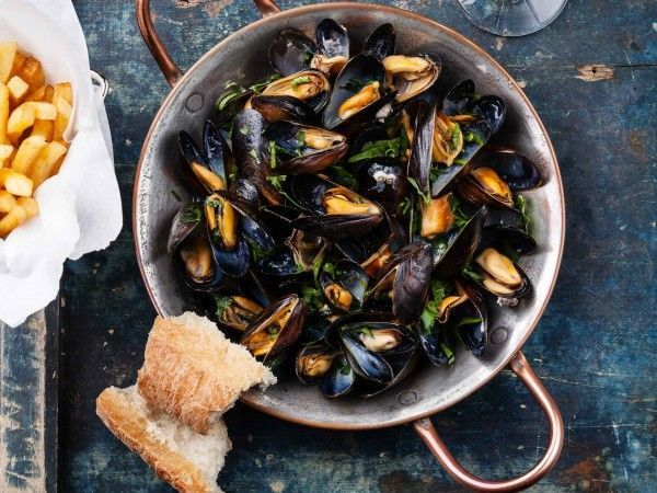 Classic moules frites
