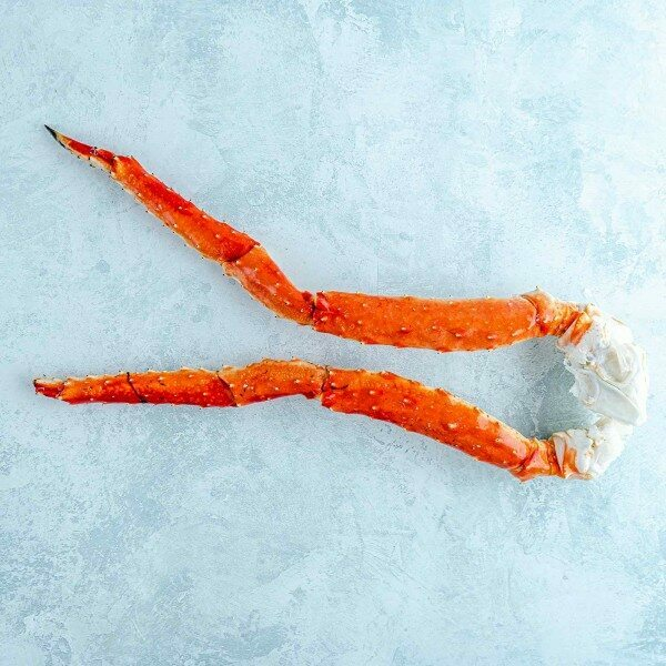 2 King crab legs - cooked