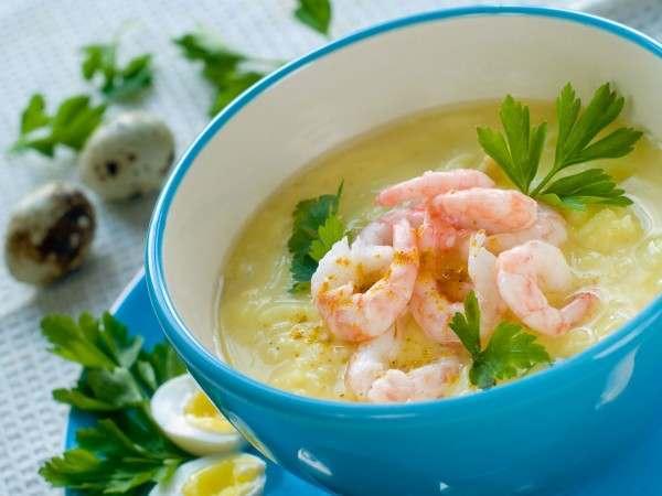Prawn and lemongrass soup
