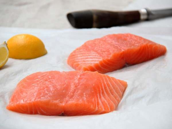 Skinless organic salmon fillet steaks
