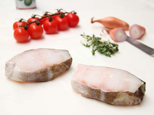 Cod steaks (on-the-bone)